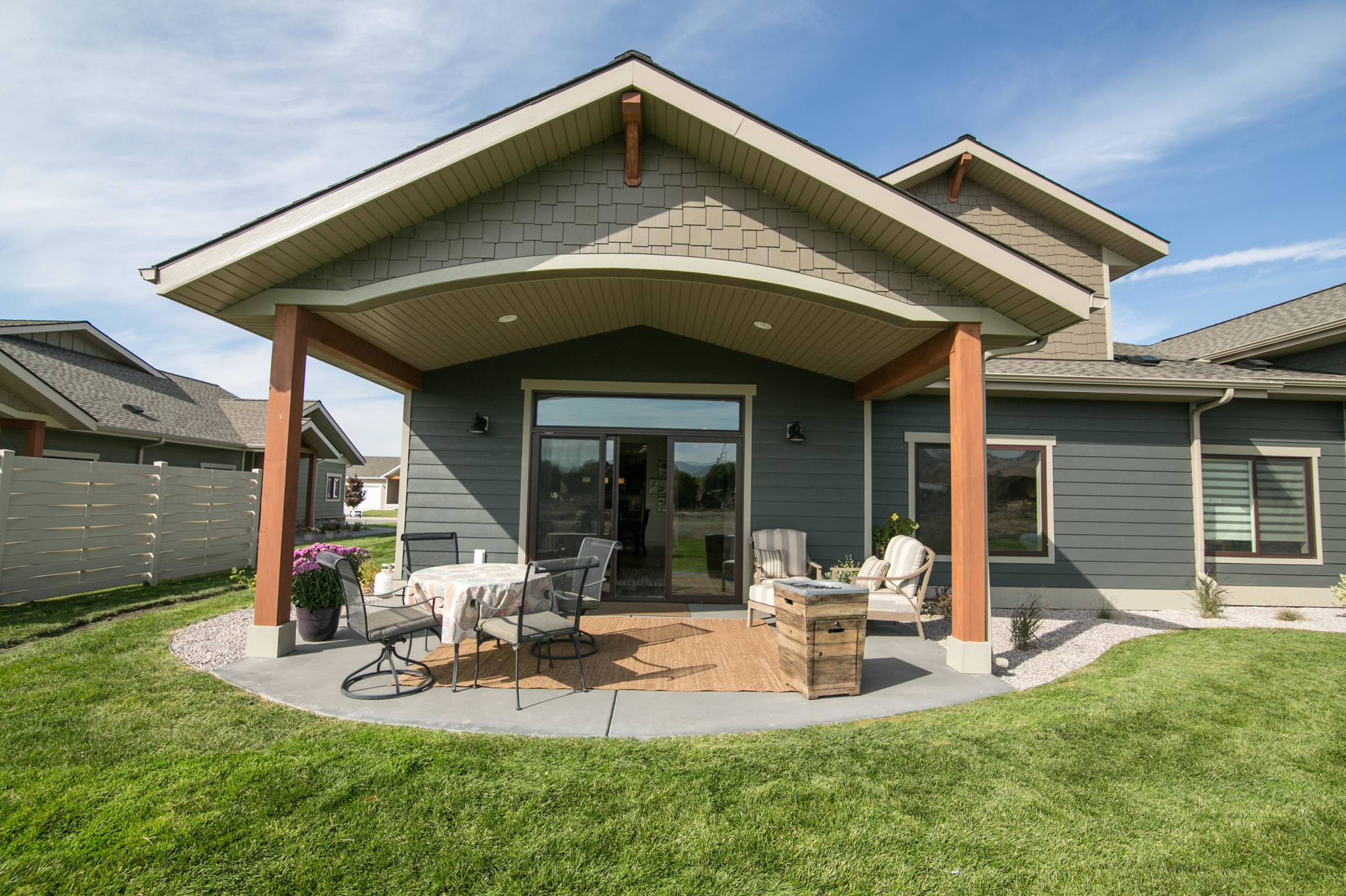 2221 SqFt Condo In Moose Can Gully