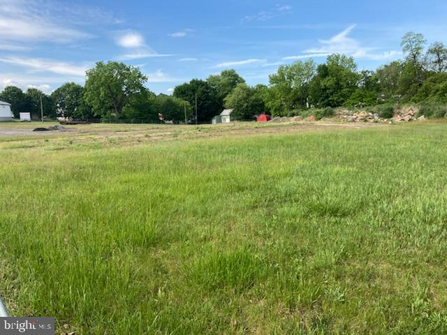 Lot In Newville