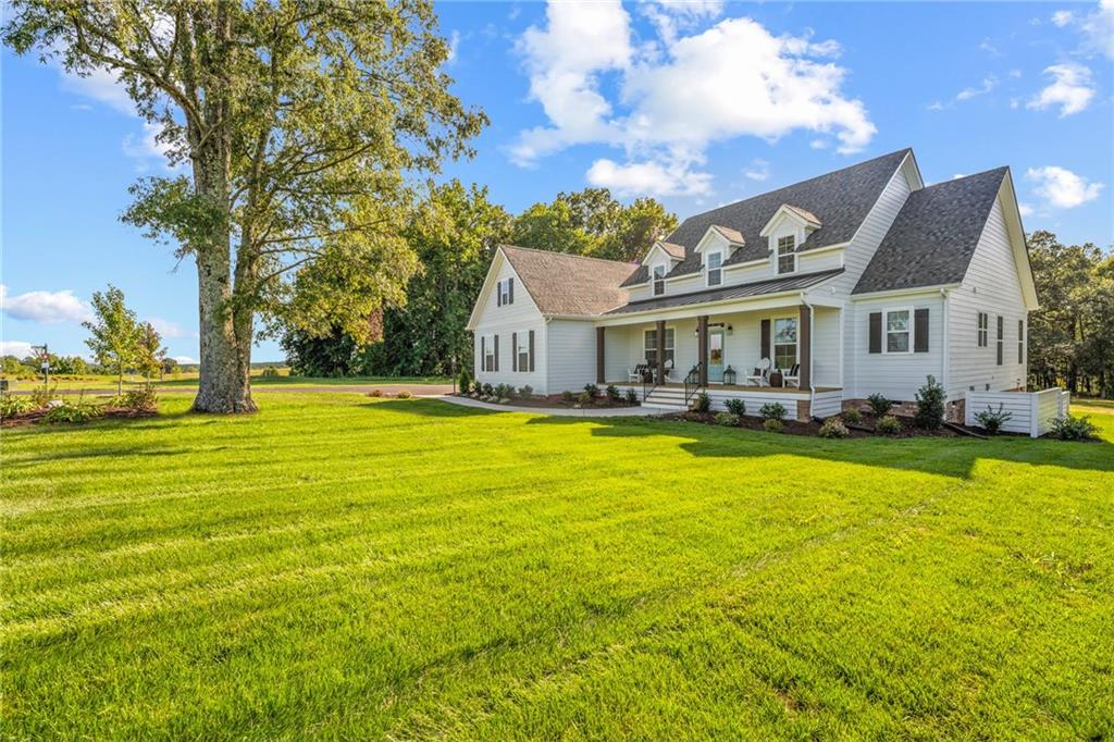 4-Bedroom House In Chesterfield