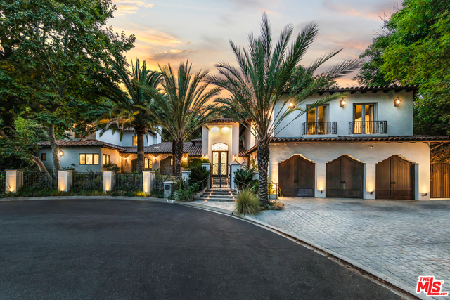 7402 SqFt House In Beverly Crest