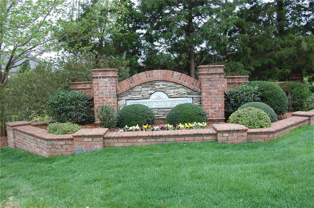 Lot In Country Club Estates
