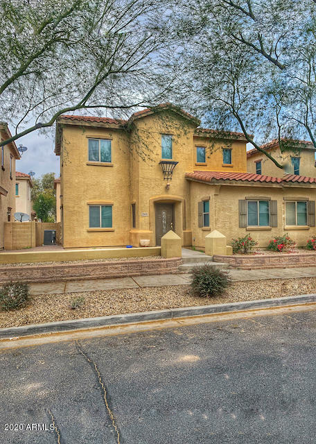 Remodeled 3-Bedroom House In North Goodyear