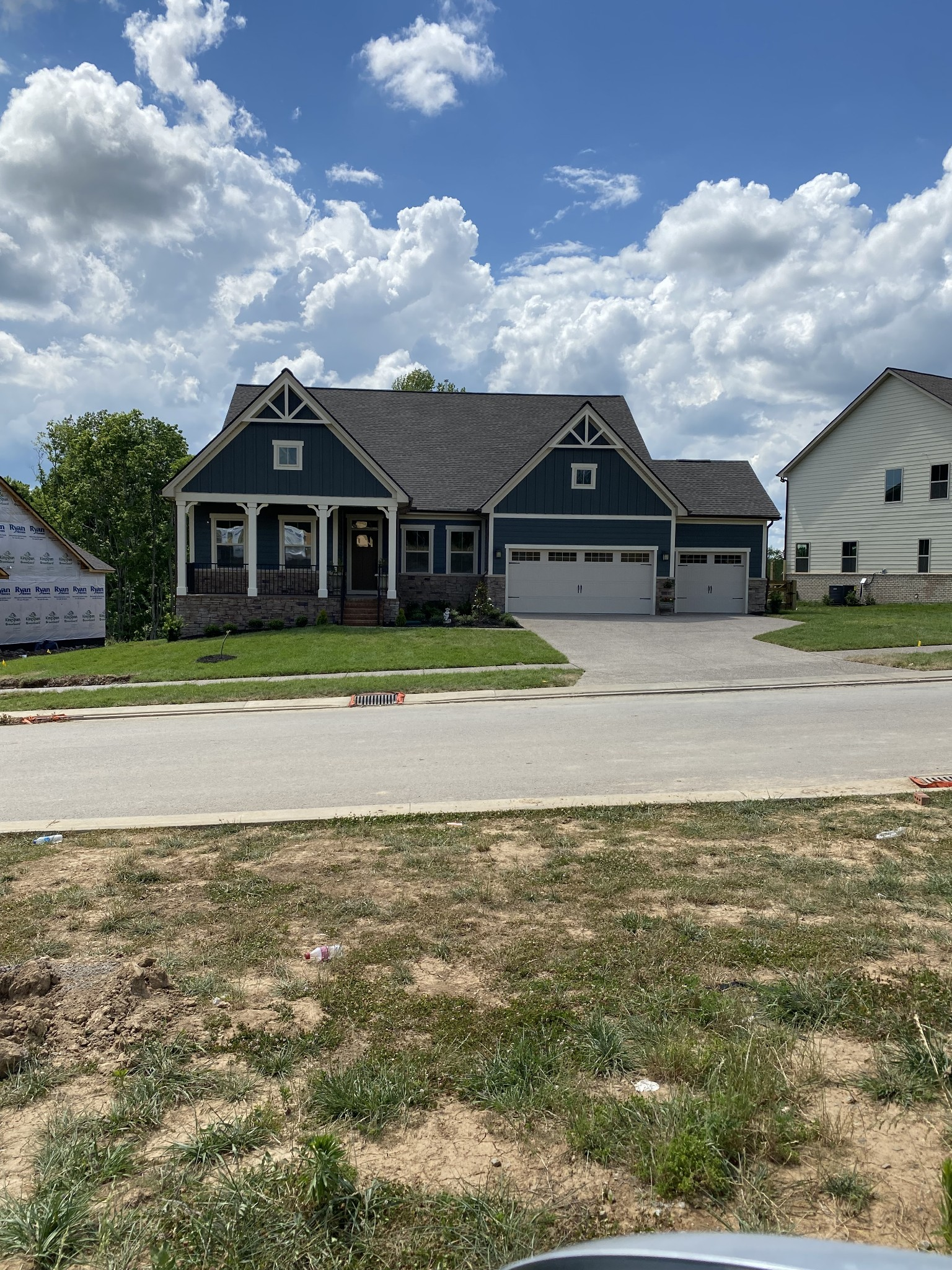 Upgraded 4-Bedroom House In College Grove