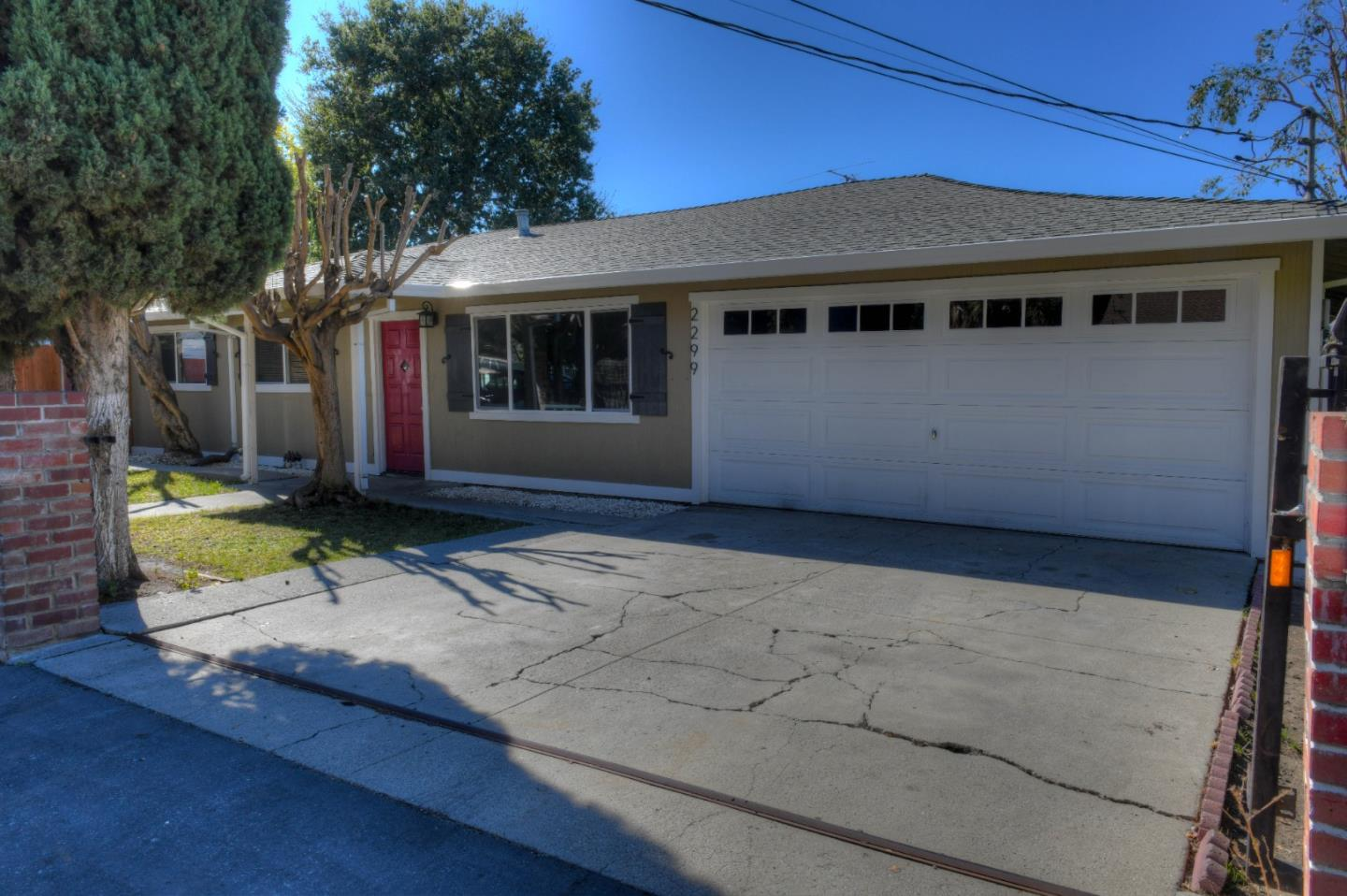 Remodeled 4-Bedroom House In East Palo Alto