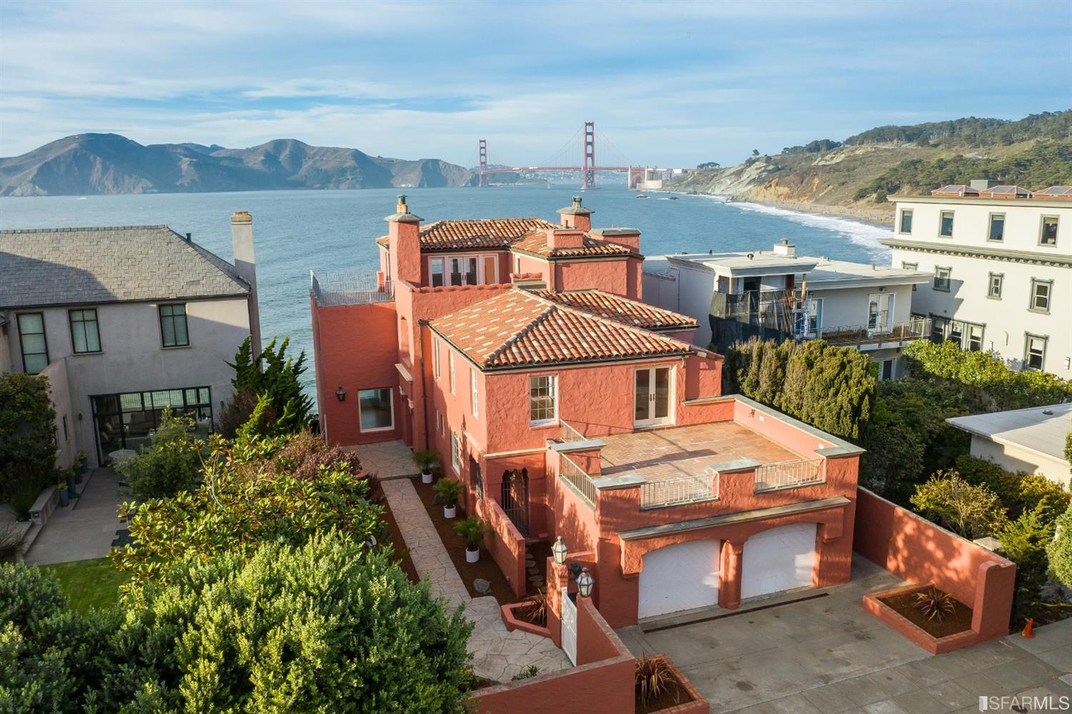 4-Story House In Seacliff