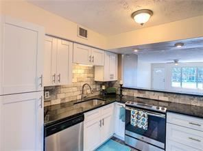 Remodeled 2-Bedroom House In On Top Of The World