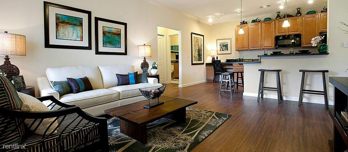 Apartment In Colonial Grand At Double Creek