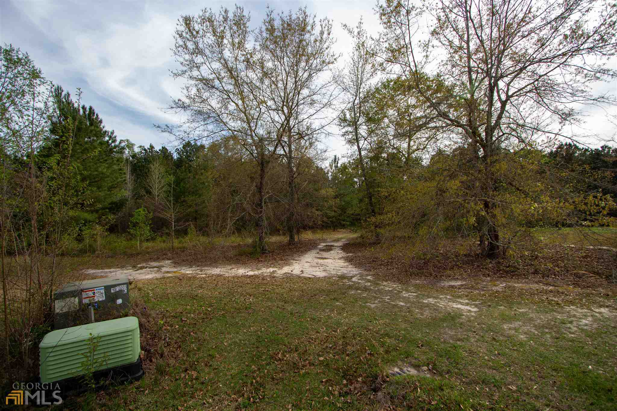 Lot In Hickory Hill