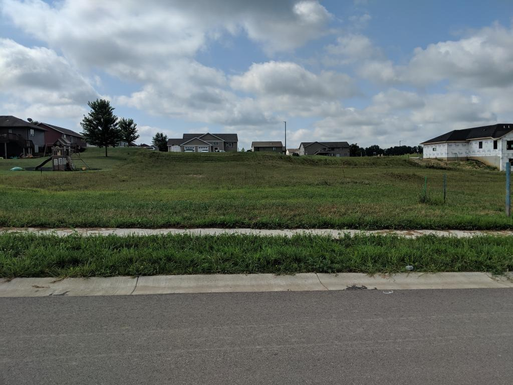 Lot In Goodhue