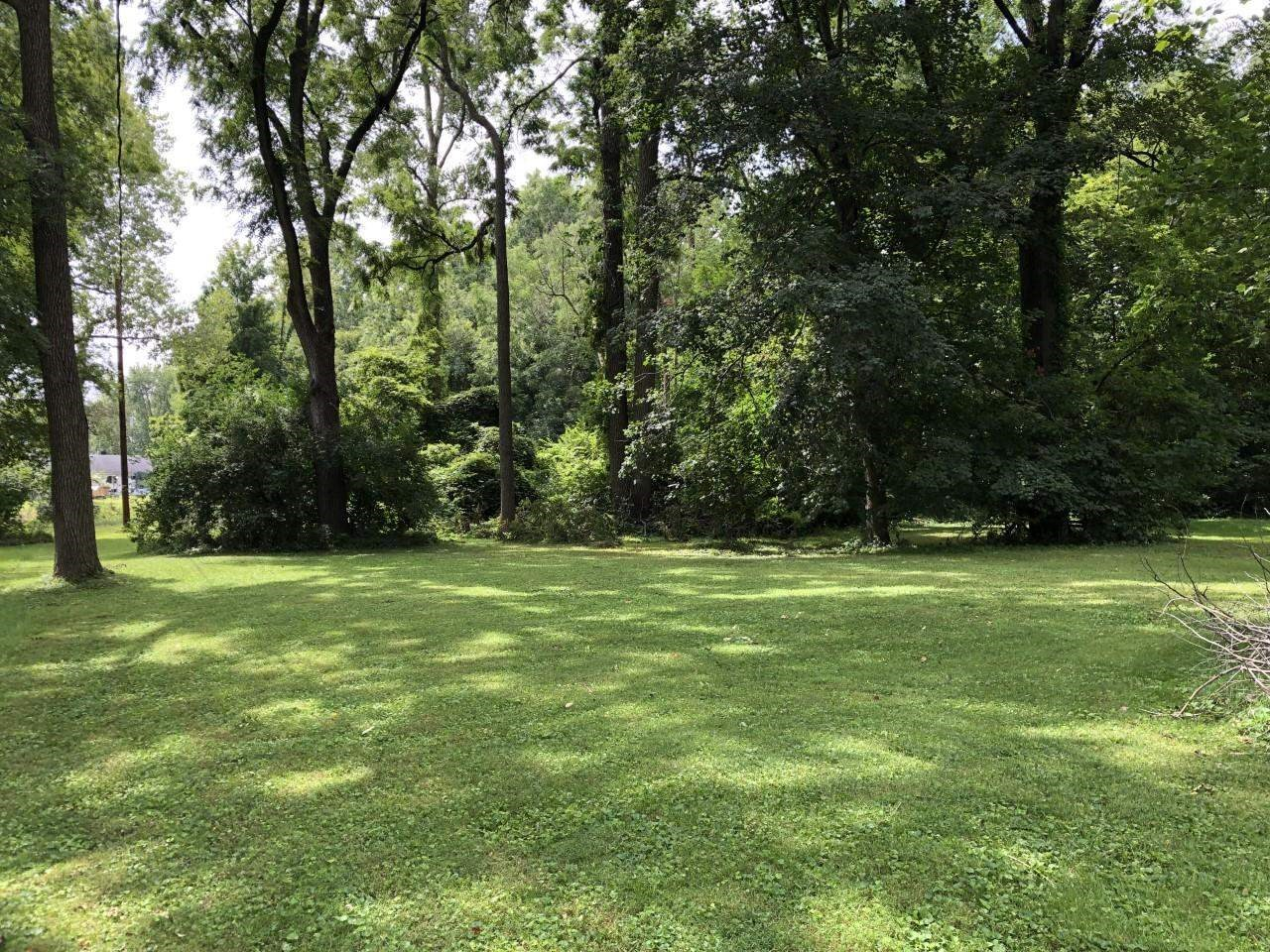 Lot In New Haven