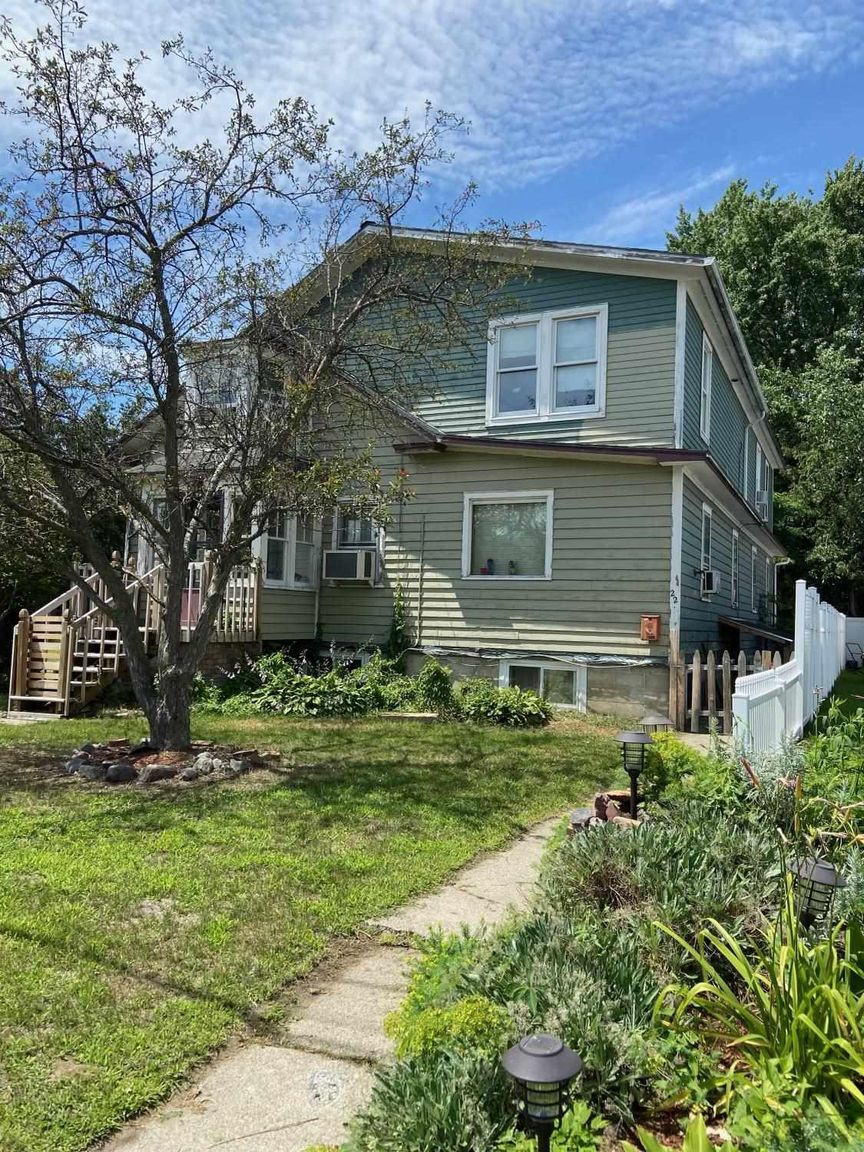 3075 SqFt House In New North End