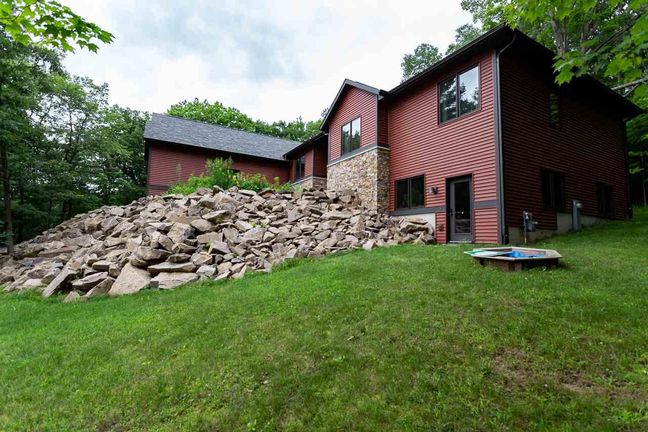 3-Bedroom House In Eau Claire Meadows