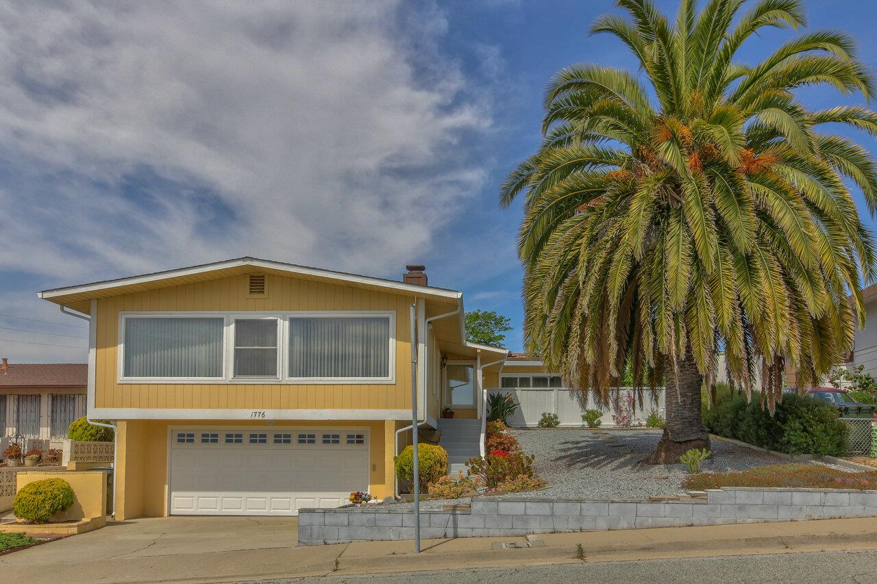 2141 SqFt House In Del Monte Heights