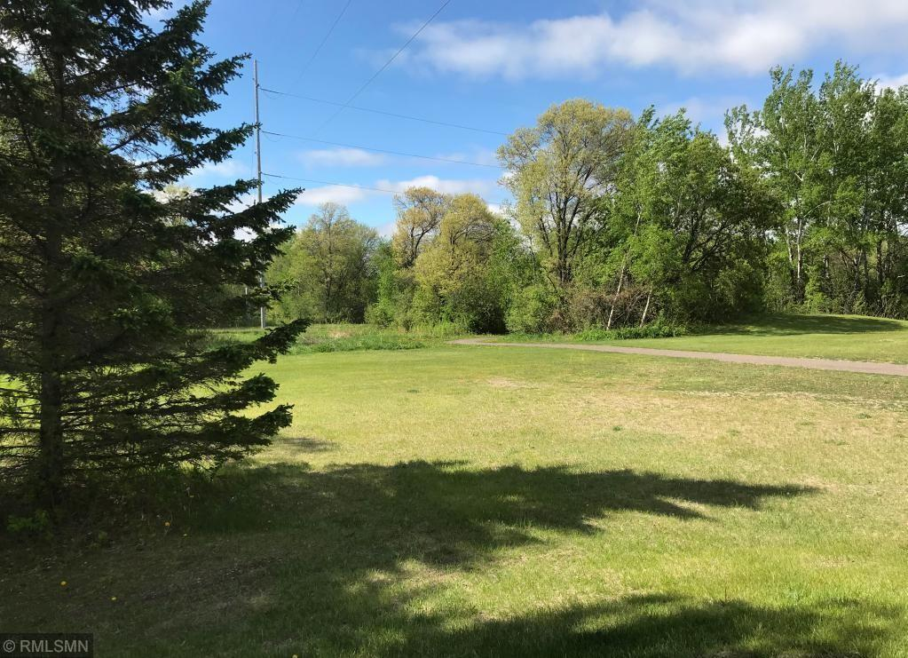 Lot In Lake View Woodlands