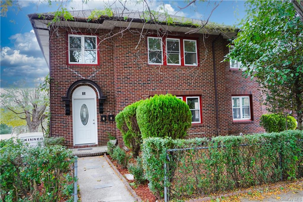 Multi-Family Home In Mount Vernon Heights