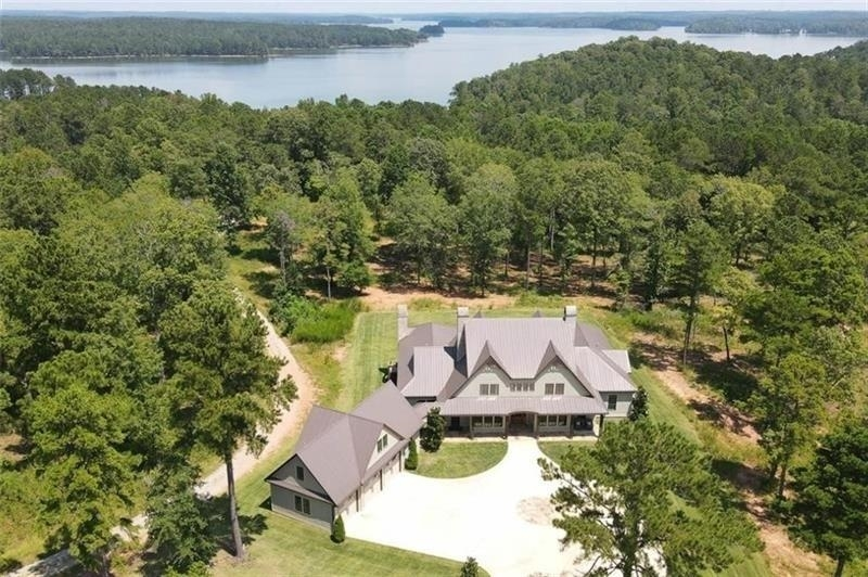 Luxurious 7-Bedroom House In Other-Alabama