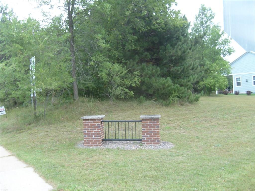 Lot In Pine Park East