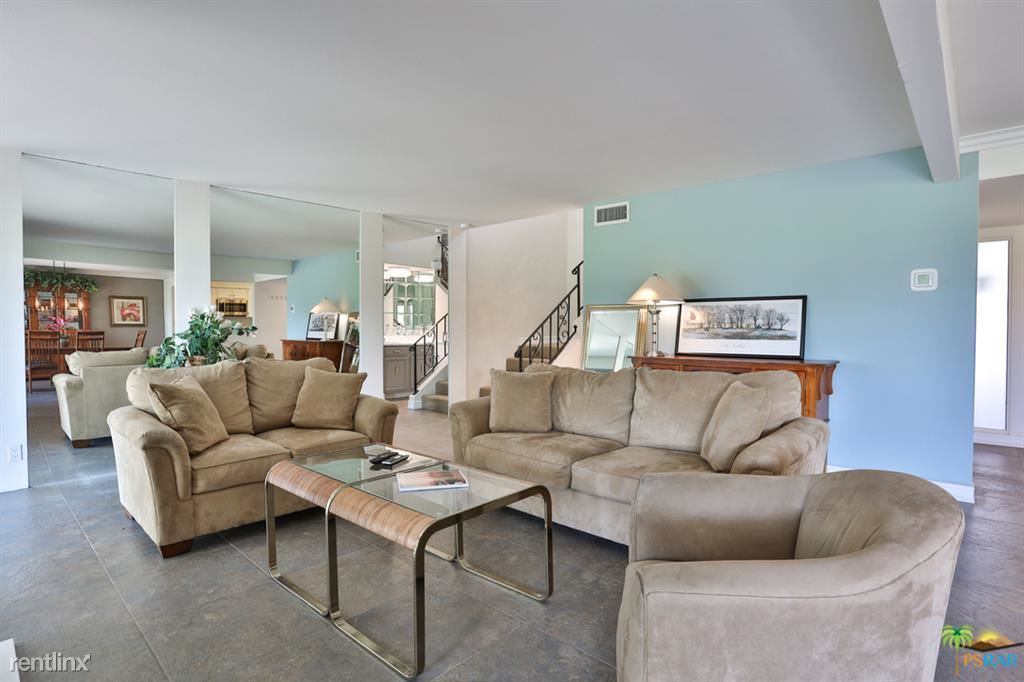Upgraded 2-Bedroom House In Mission Hills Country Club