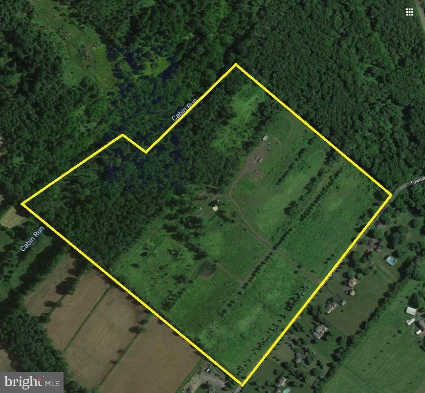 Lot In Pipersville