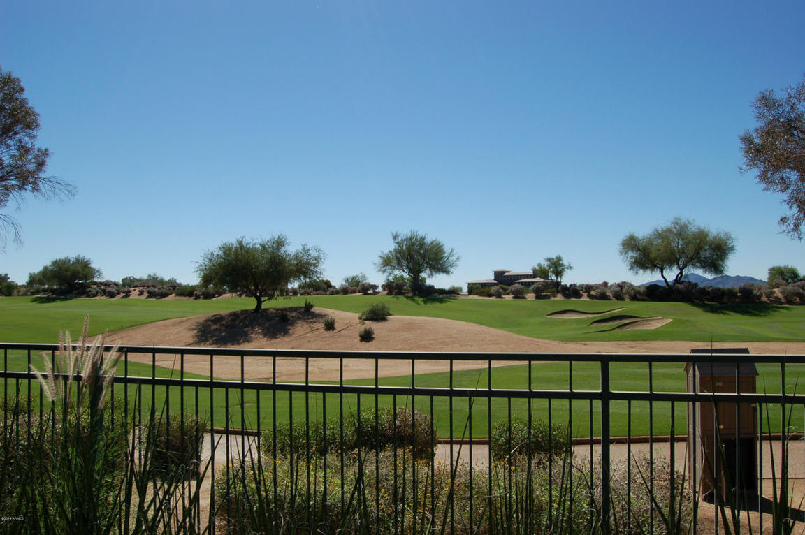 2355 SqFt House In Paradise Valley Village