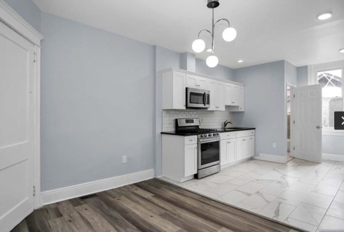 Renovated 2-Bedroom House In Woodcliff