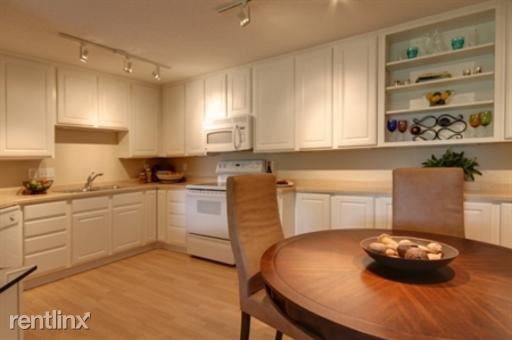 1110 SqFt Apartment In Plymouth Ponds Apartments
