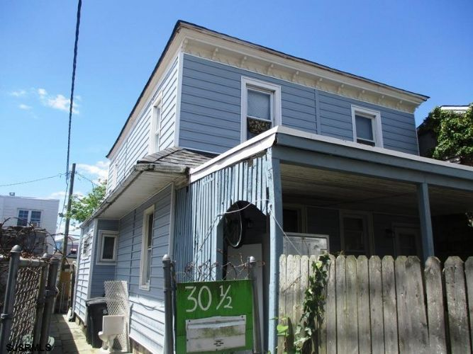 Renovated 2-Bedroom House In Duck Town
