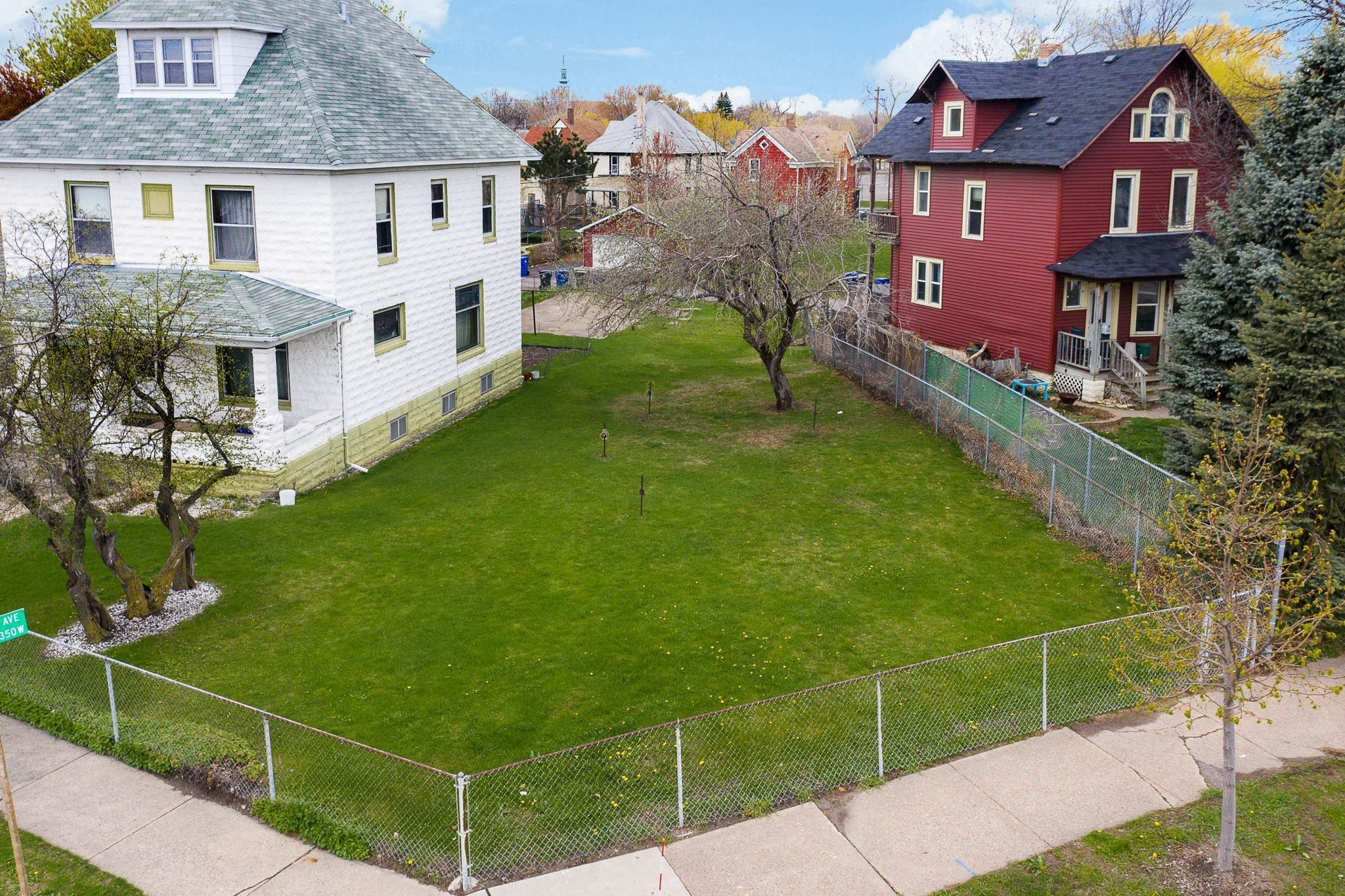 Lot In North Frogtown