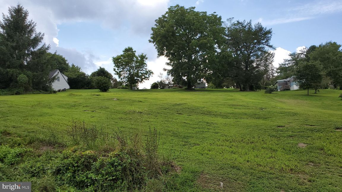 Lot In Holtwood
