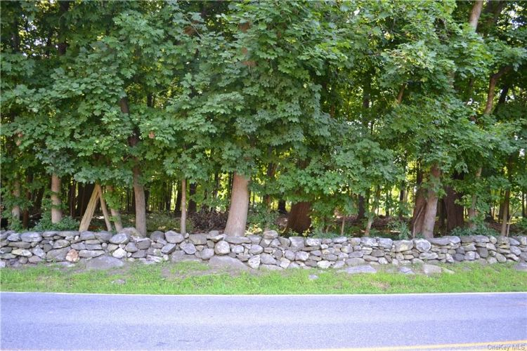 Lot In Somers