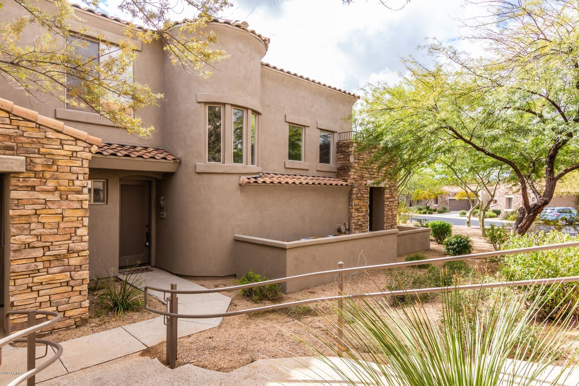 Remodeled 2-Bedroom Townhouse In Grayhawk
