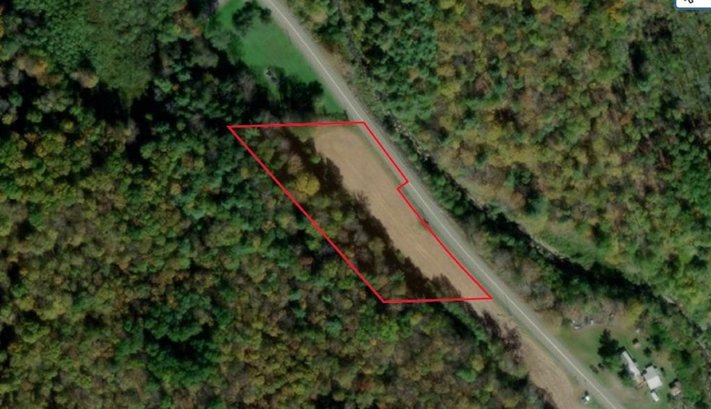 Lot In Middlebury Center