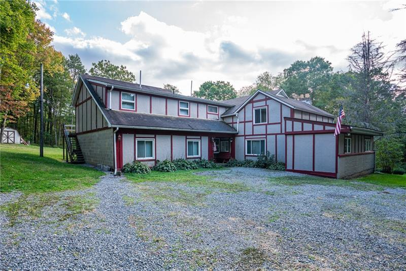 6-Bedroom House In Irwin Township
