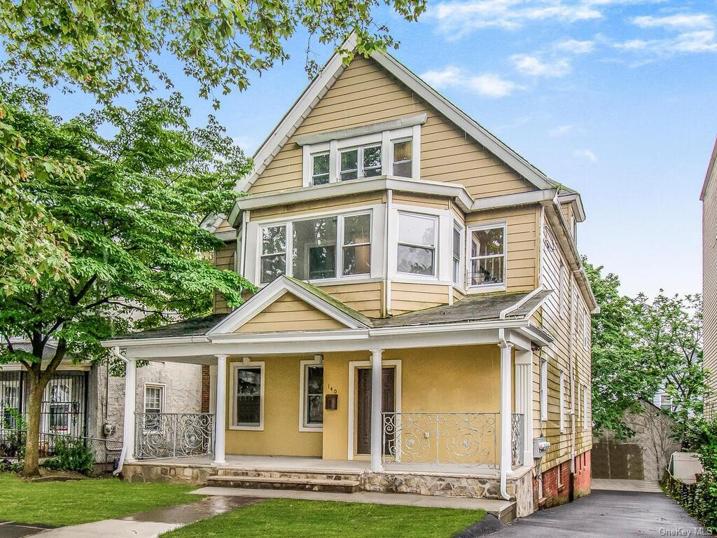 Multi-Family Home In Downtown Mount Vernon
