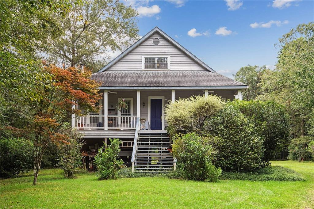 Updated 3-Bedroom House In Spring River Park