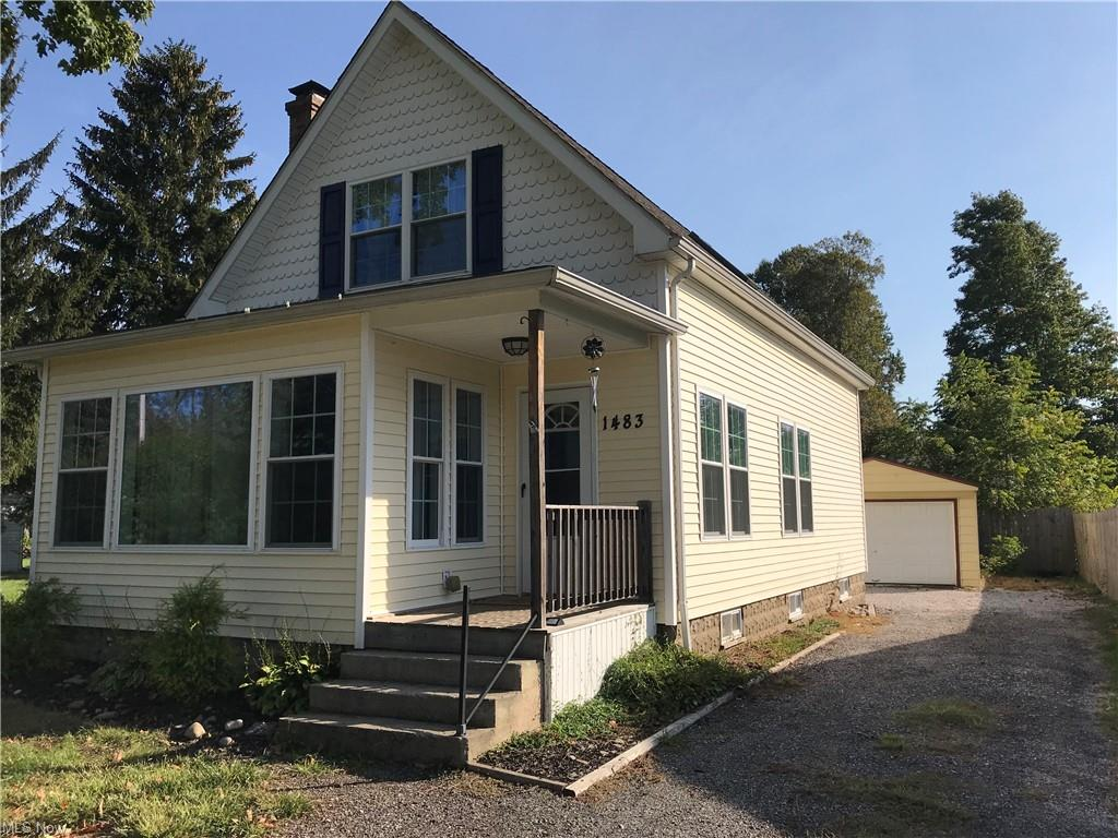 Updated 4-Bedroom House In North Madison