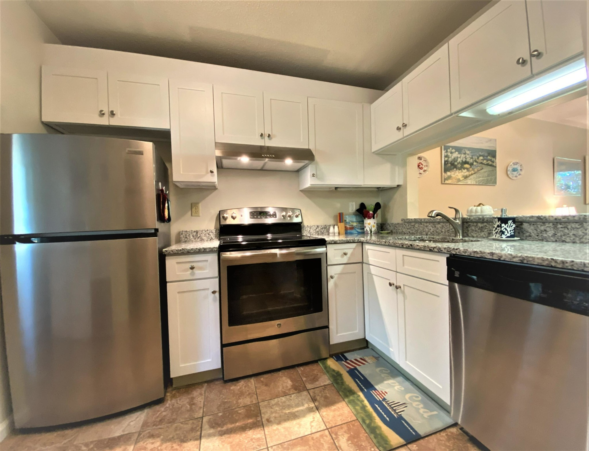 2-Story Condo In East Brewster