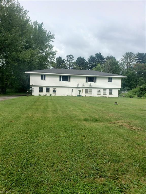 2-Story Multi-Family Home In Andover